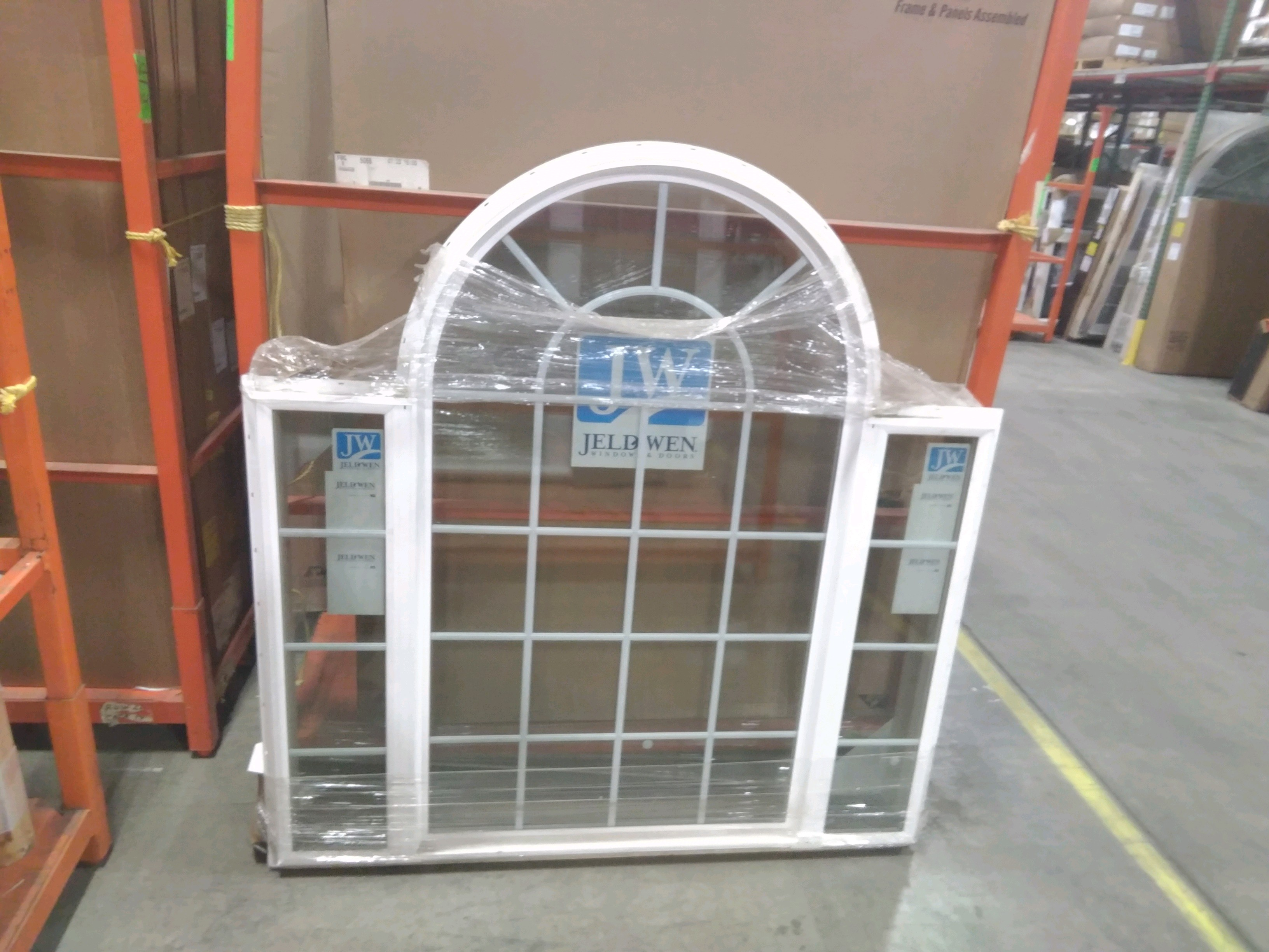 Jeld-Wen Triple, Half round Center Window