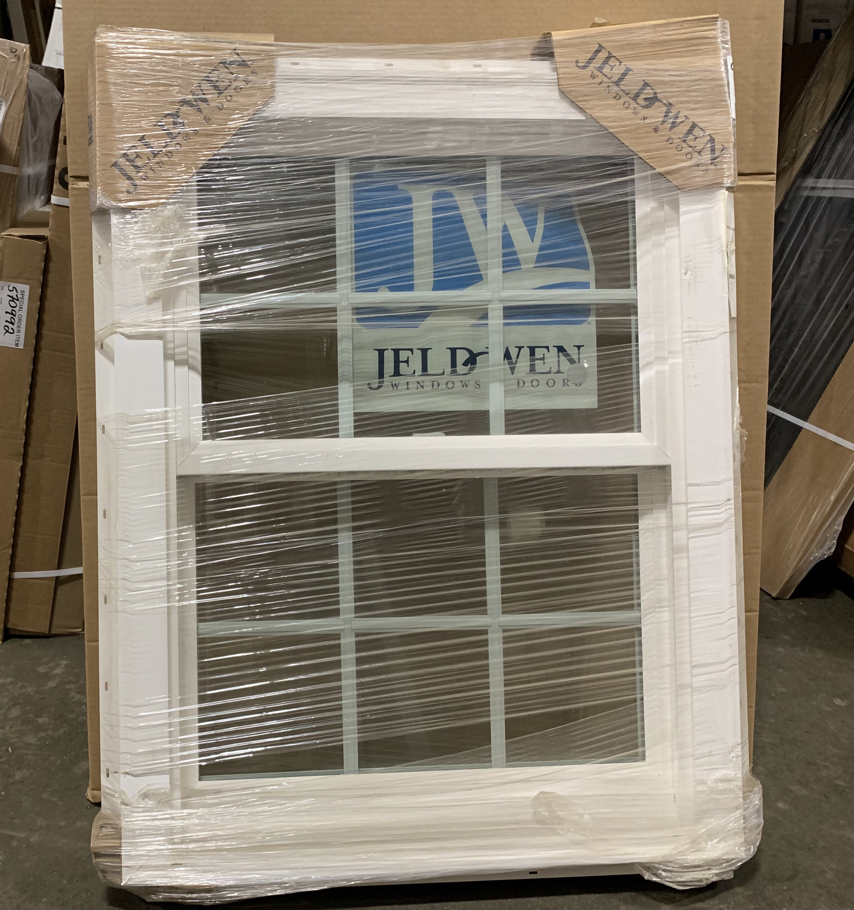 Jeld-Wen Buikders Vinyl Double Hung Window