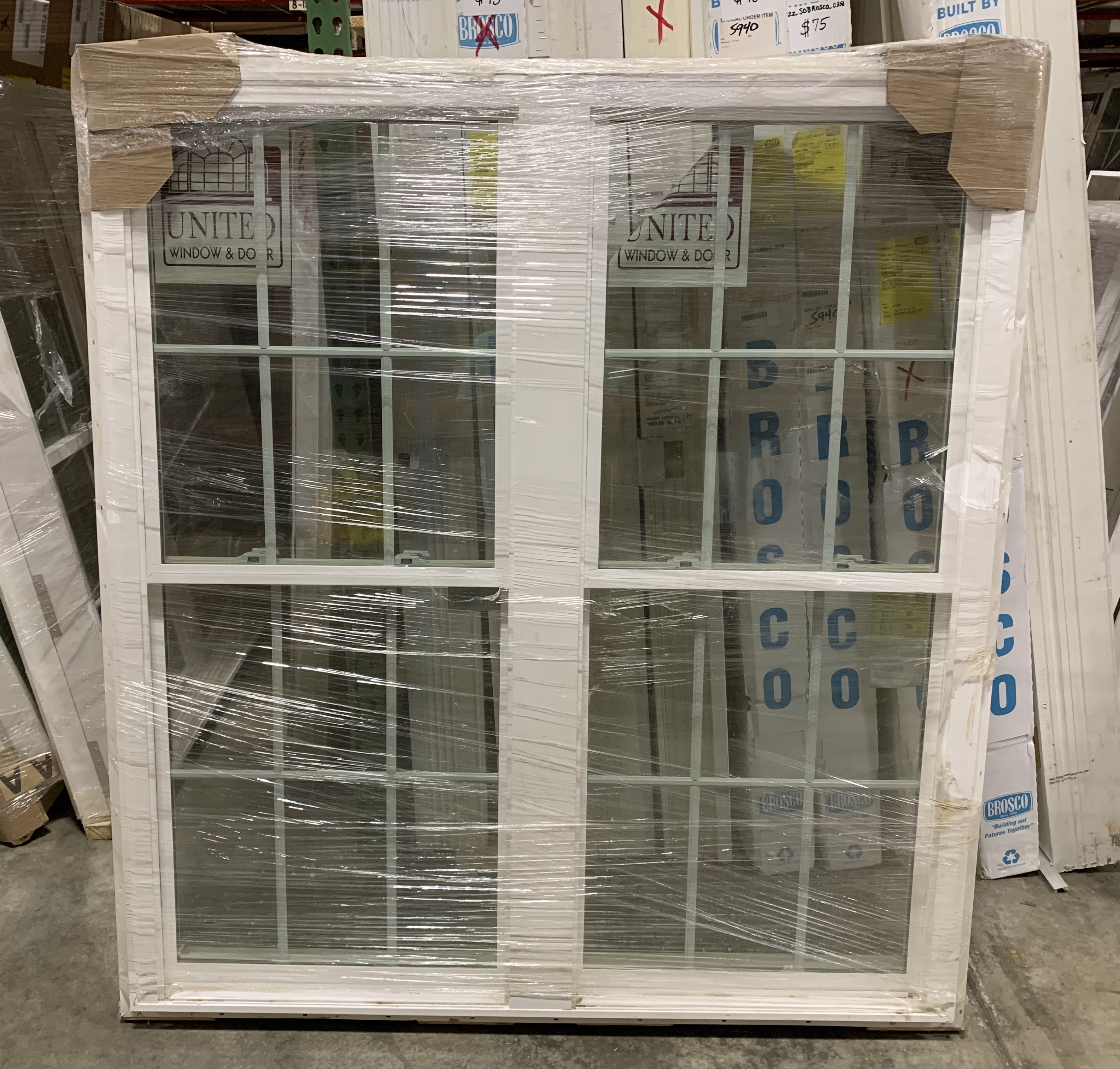 United Series 5500 NC DH Pair White Window